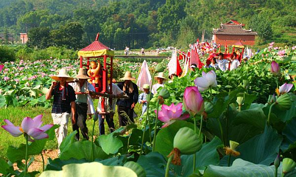 《莲神太子庙会》--赖广生